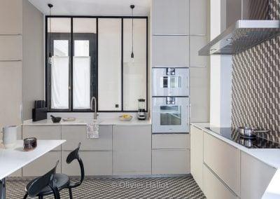 Une cuisine stout en élégance, par Fabienne Boé de Pirey, Architecte d'intérieur UFDI à Paris 75