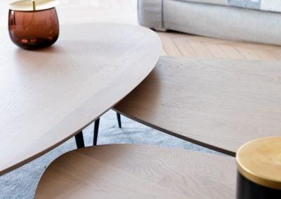 Tables basses en bois forme galet, par Fabienne Boé de Pirey, Architecte d'intérieur UFDI à Paris 75